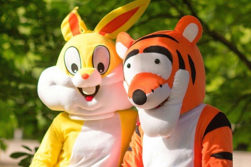 Ростовые куклы: тигр и заяц